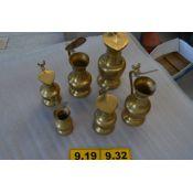 Conjunto de jarras de bronce